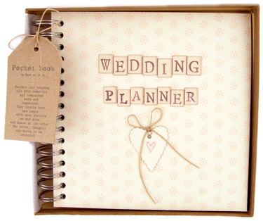 get-your-future-groom-involved-in-the-wedding-planning-procedures